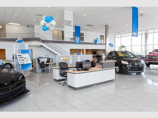 Bill Estes Chevy >> Bill Estes Chevrolet Indianapolis In 46268 Car Dealership And