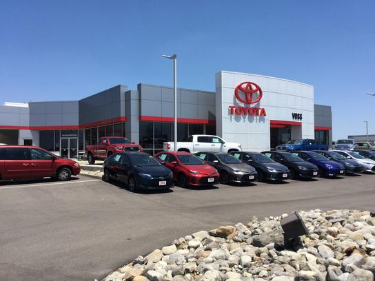 Toyota Dealership Dayton Ohio >> Voss Toyota Dayton Oh 45434 Car Dealership And Auto Financing