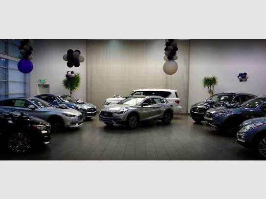 Infiniti Milwaukee Waukesha Wi 53186 Car Dealership And Auto
