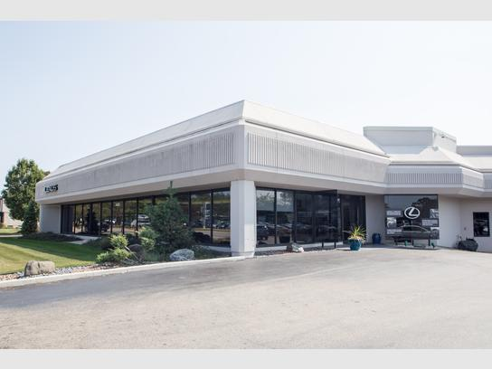Lexus Of Milwaukee >> Lexus Of Milwaukee Milwaukee Wi 53209 Car Dealership