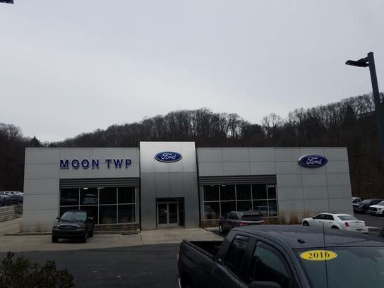 Used 2015 Ford Fiesta SE Hatchback