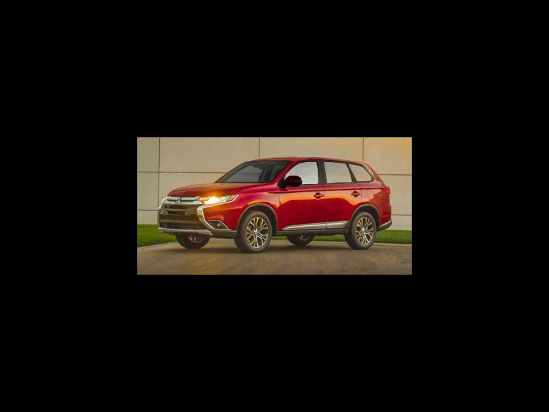 New 2018 Mitsubishi Outlander in Clifton Park, NY - 468667381 - 1