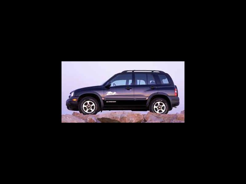 Used 2003 Chevrolet Tracker in Danbury, CT - 495096456 - 1