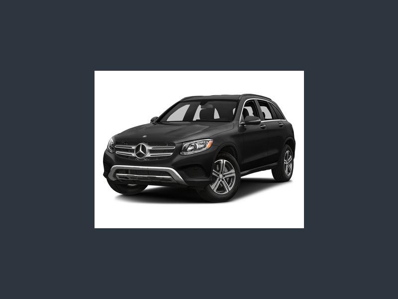 New 2019 Mercedes-Benz GLC 300 in DAVENPORT, IA - 493652319 - 1