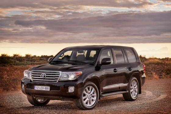 2013 Toyota Land Cruiser Preview: Chicago Auto Show