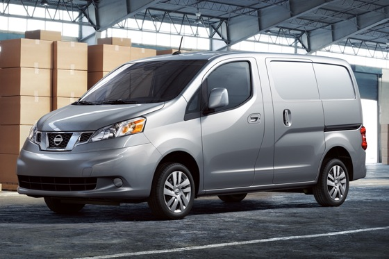 2013 Nissan NV200 Van: Chicago Auto Show featured image large thumb0