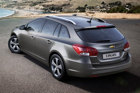 Chevrolet Cruze Wagon Preview: Geneva Auto Show