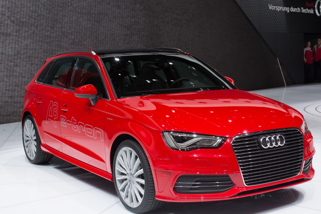 2013 Geneva Auto Show: Audi A3 e-tron is Audi's first Plug-In Hybrid