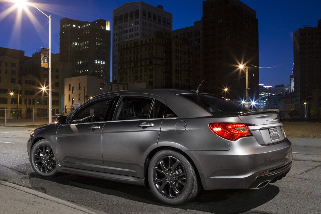 2013 Chrysler 200 S Special Edition: New York Auto Show
