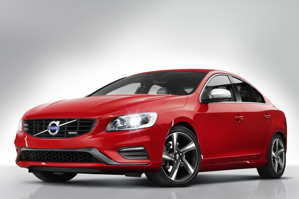 2014 Volvo S60 R-Design and XC60 R-Design: New York Auto Show