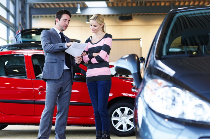 Buying a Used Car: Can You Get Service Records from a Dealer? featured image large thumb0