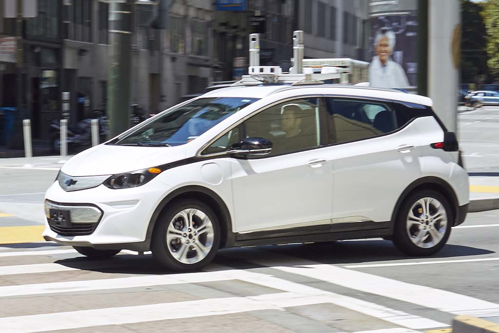 Autonomous Cars With Ridesharing Key to GM's Vision for Future Mobility
