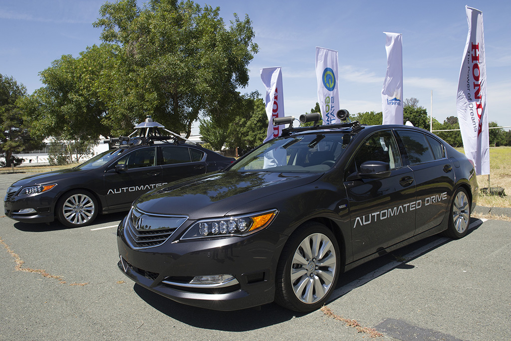 Self-Driving Cars: Government Takes First Steps to Regulate the Industry