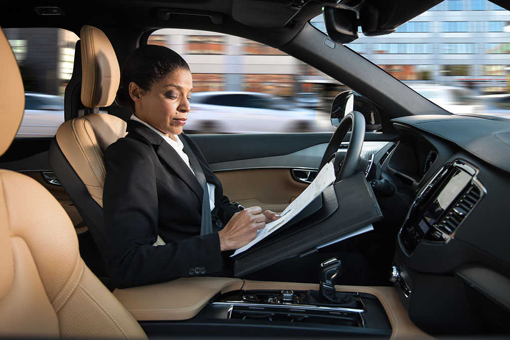 Self-Driving Cars: The Transition From Autonomous Steering to Human Control May Be Rocky