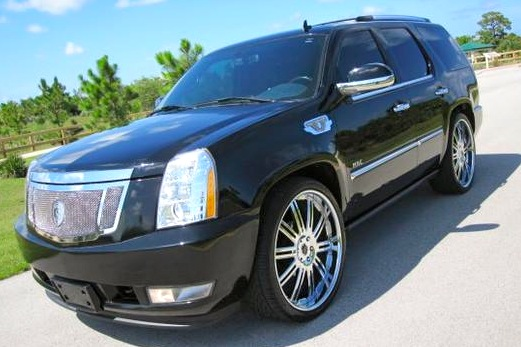 For sale on AutoTrader: Bryant McKinnie's 2007 Cadillac Escalade
