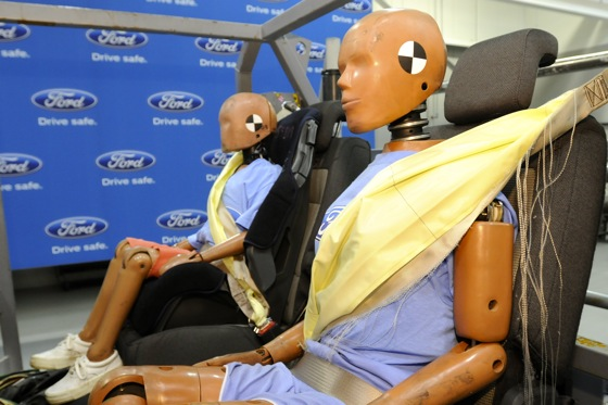 Inflatable Seat Belts Coming to More Fords featured image large thumb0