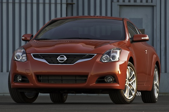 Nissan Raises Prices on the 2012 Altima
