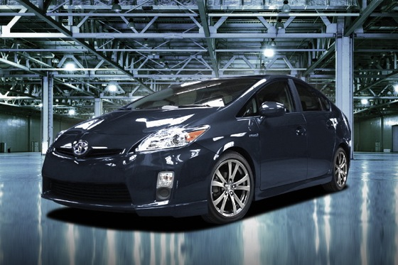Toyota Adds Some Sport to Prius