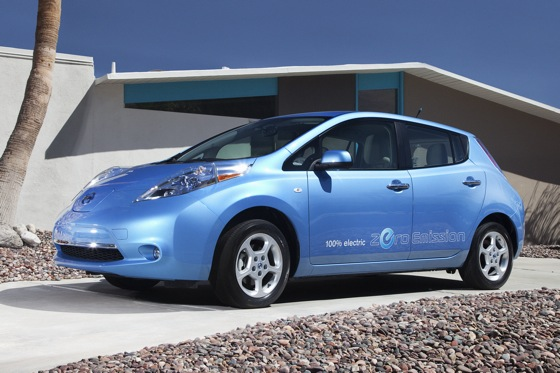 Nissan Updates the All-Electric Leaf for 2012 featured image large thumb0