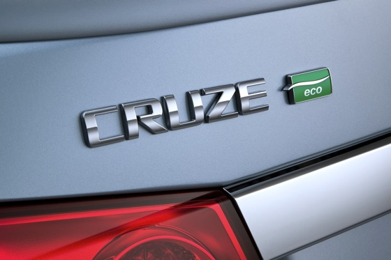 Couple Drives Across US, Sets Record for MPGs in Cruze Eco