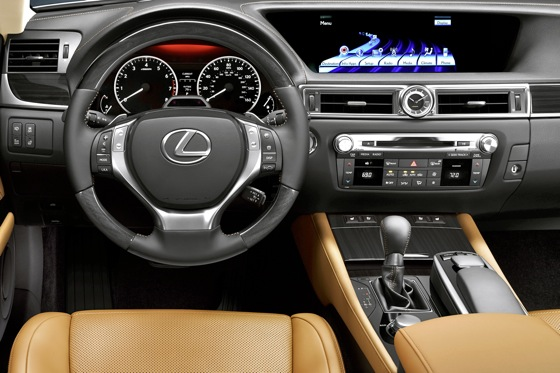 Lexus to Offer HD Radio