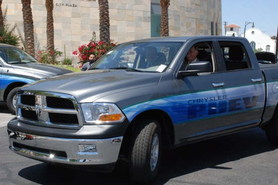 Chrysler Tests Plug-in Hybrid Pickup featured image large thumb0