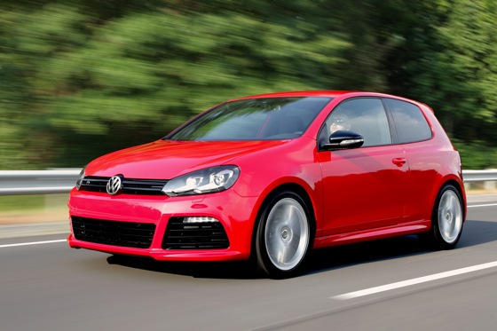 VW Offers Economical Performance in Golf R featured image large thumb0
