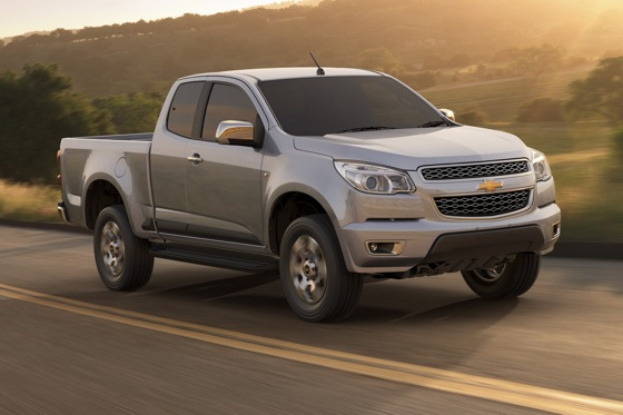 Chevy Shows New Colorado Pickup to the World