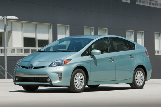 Toyota Prius Plug-In Named Urban Green Vehicle of the Year