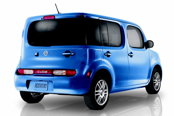 New Indigo Edition Joins 2012 Nissan Cube Lineup