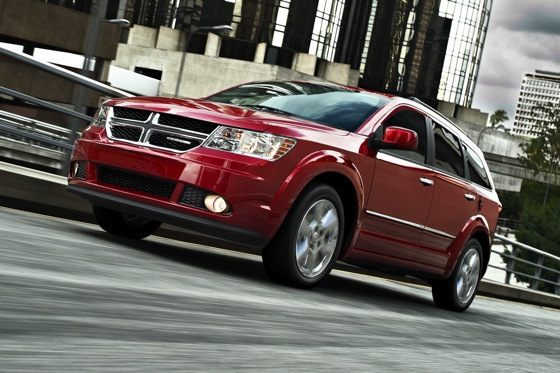 Dodge Adds Four-Cylinder to Journey SXT