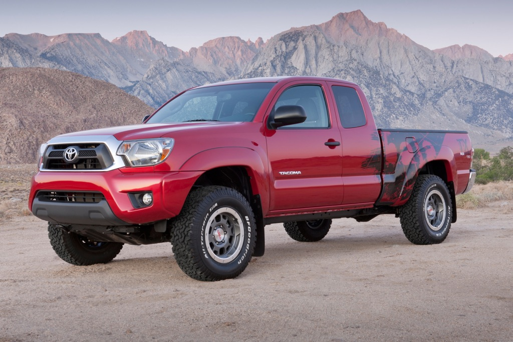 Toyota Discounts Tacoma Off-Roader
