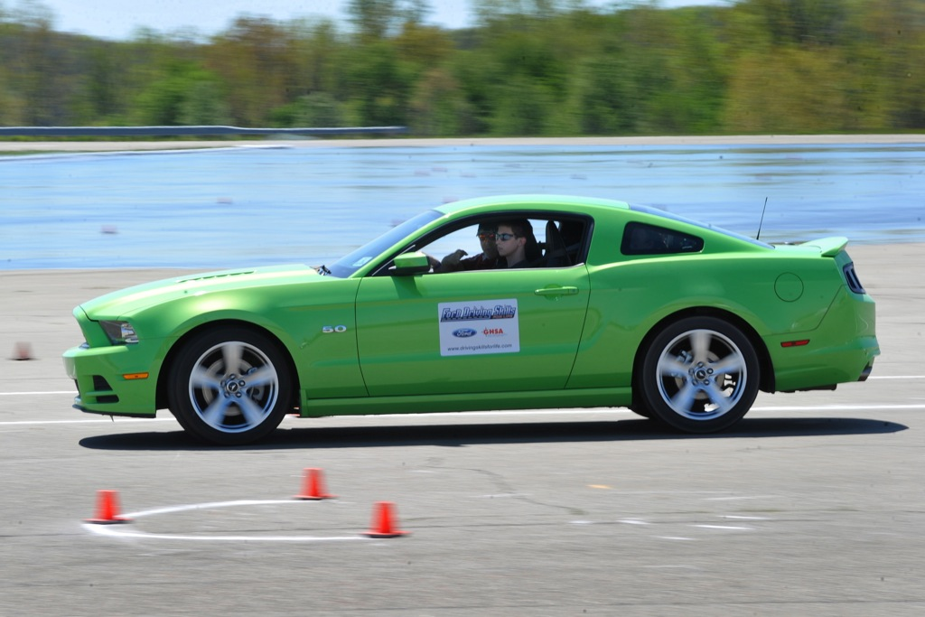Ford Clinics Train Teen Drivers to Improve Safety