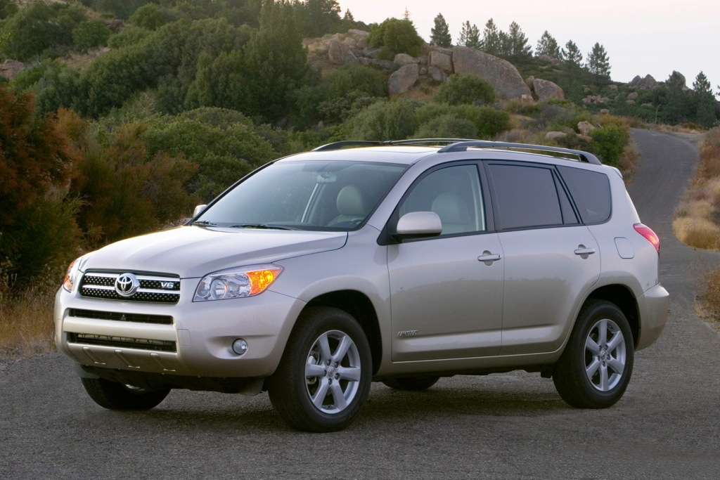 Toyota to Recall RAV4 SUV and Lexus HS 250h Sedan