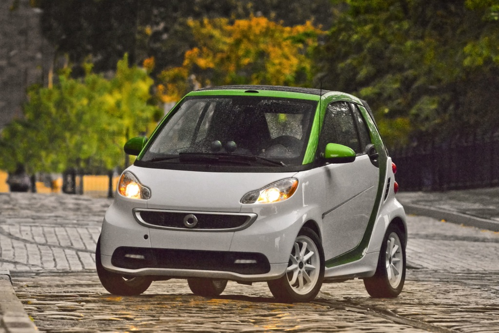Smart Electric ForTwo Priced Lower Than Competitors