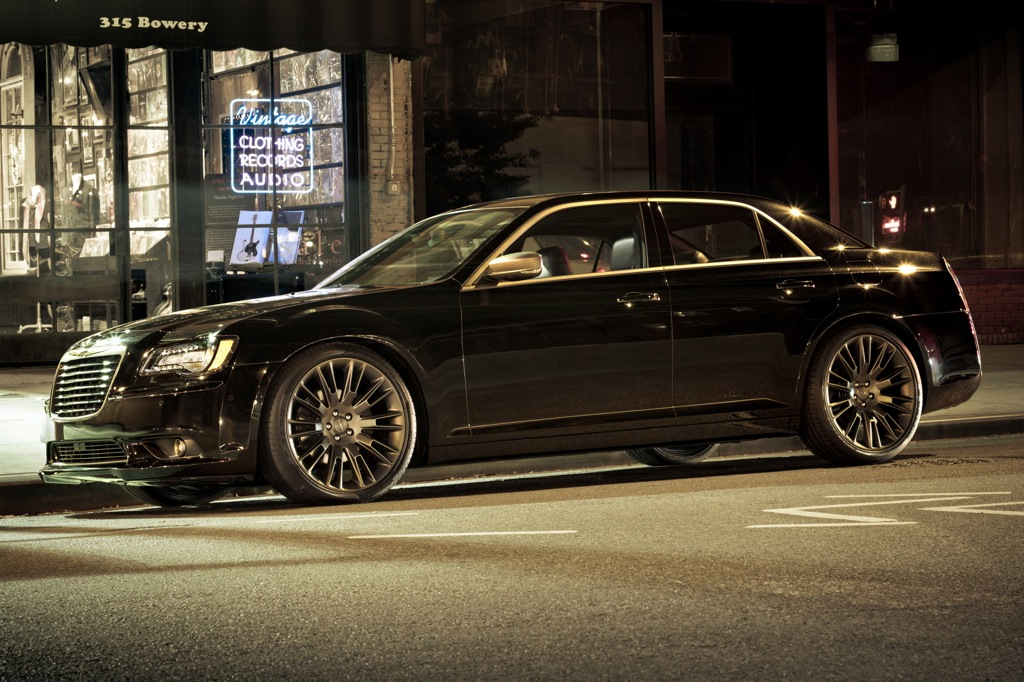 2013 Chrysler 300, 200 Special Editions