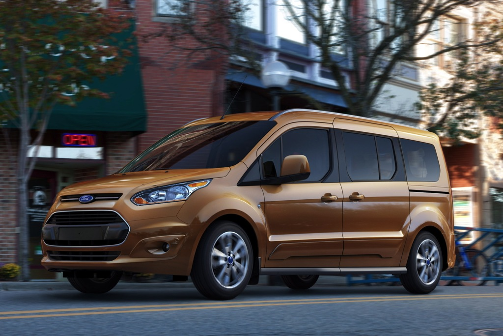Ford Transit Connect Wagon Brings Ford Back into Minivan Market