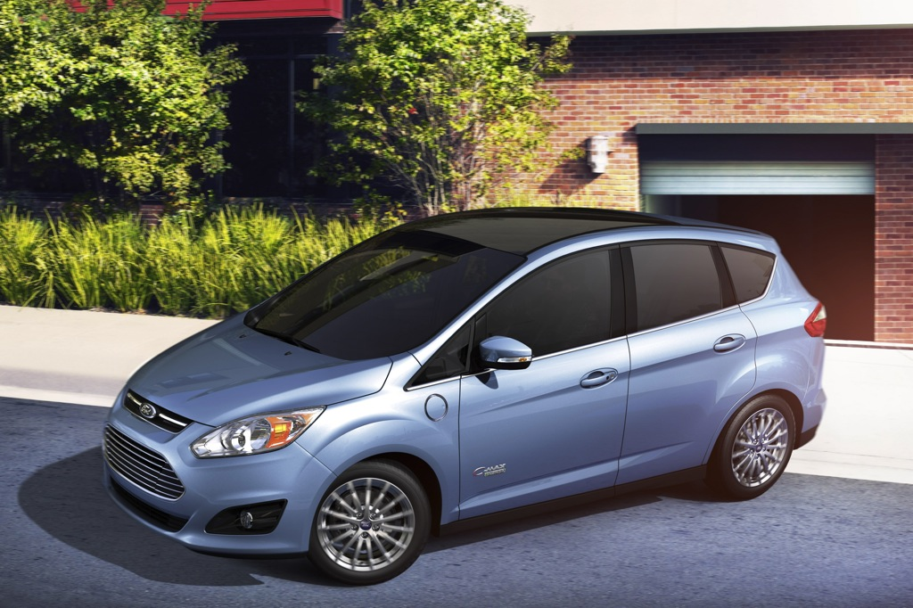 New Ford Technology Improves Plug-In Hybrid Efficiency