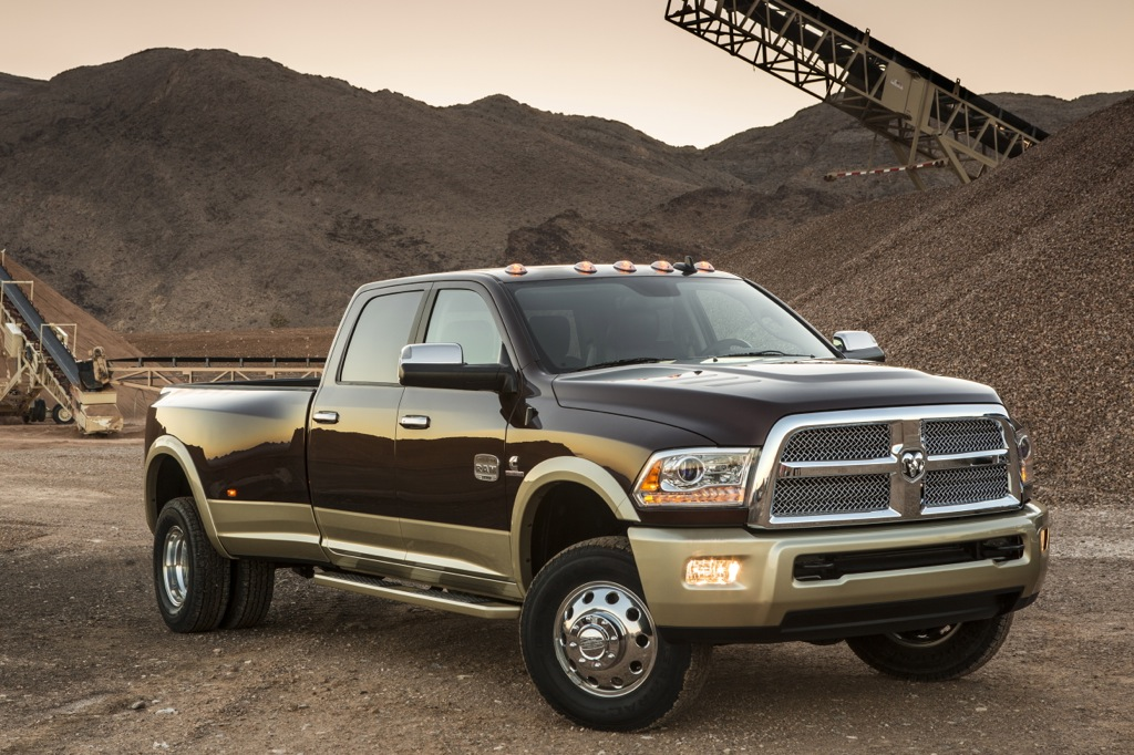 2013 RAM Heavy Duty Updated with New Styling, Revised Powertrain
