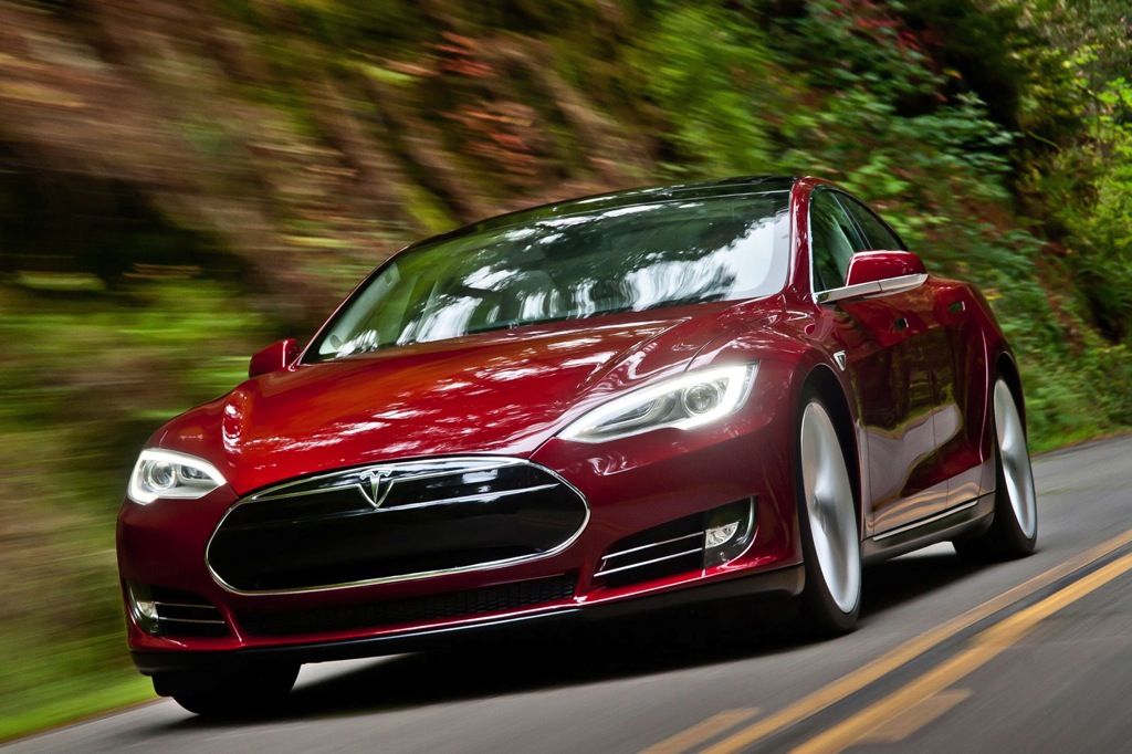2013 Tesla Model S Lease Program Focuses on Ownership Costs
