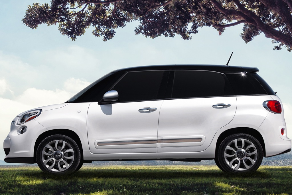 2014 FIAT 500L Pricing Announced