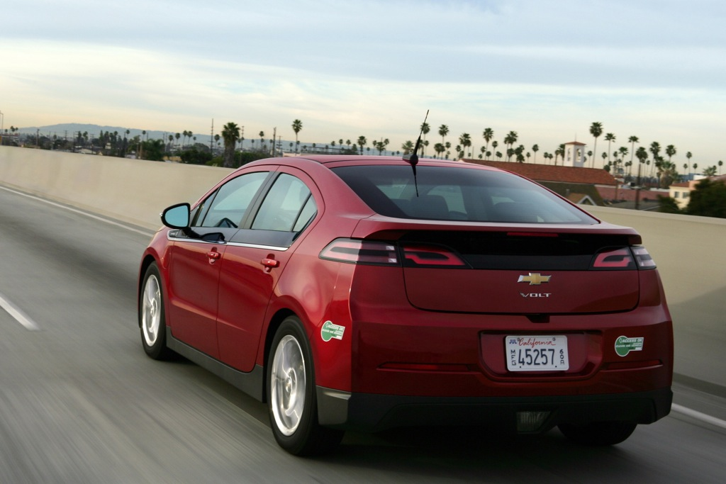 Chevrolet Volt Now Available With $5,000 Cash Incentive