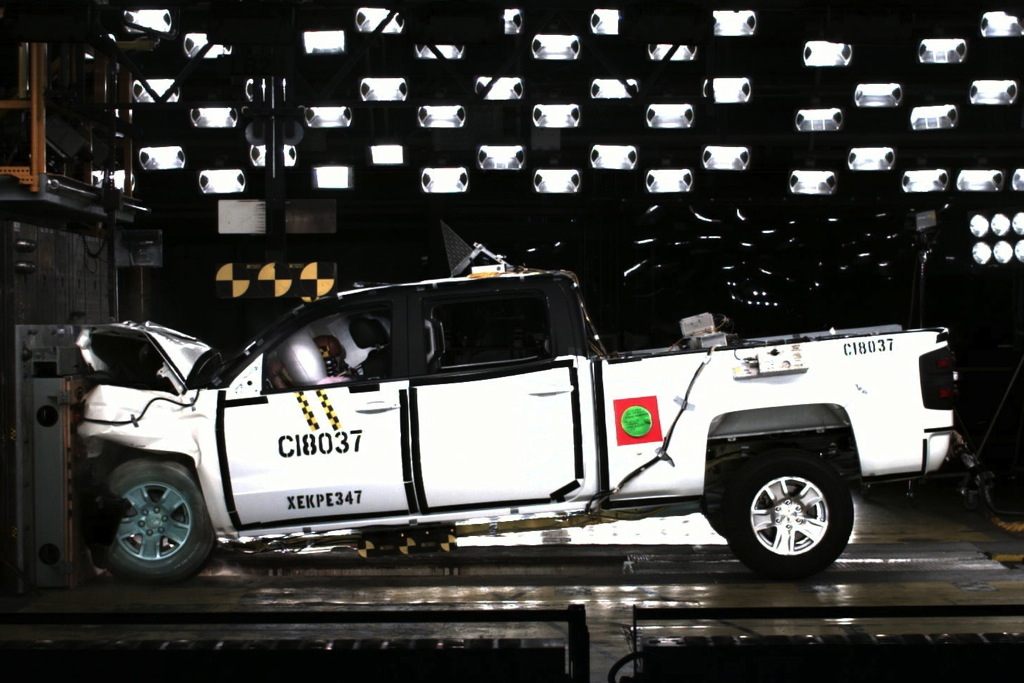 GMC Sierra, Chevrolet Silverado Ace NHTSA Crash Tests featured image large thumb0