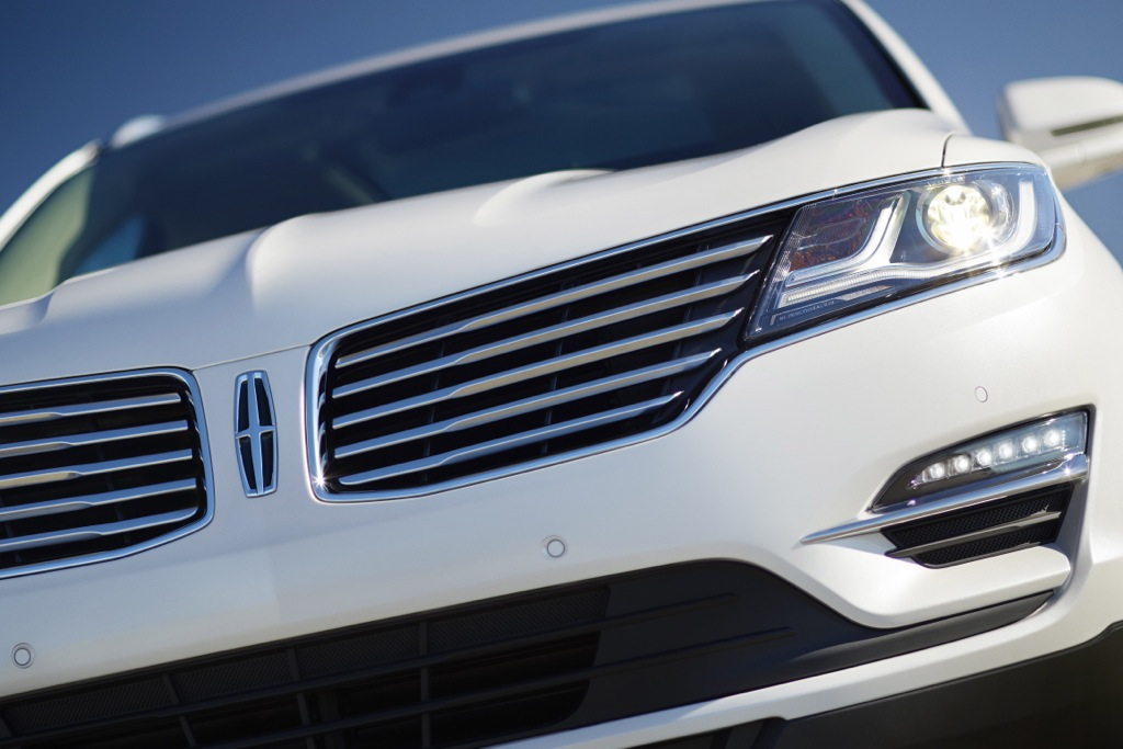 Vehicle Satisfaction Awards: Lincoln and GMC at the Top