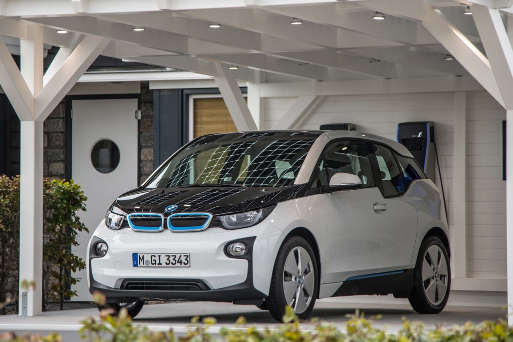 BMW i3 Drivers Offered Free Fast Charging