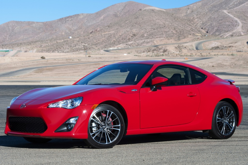 Subaru BRZ and Scion FR-S Receive IIHS Top Safety Pick Scores