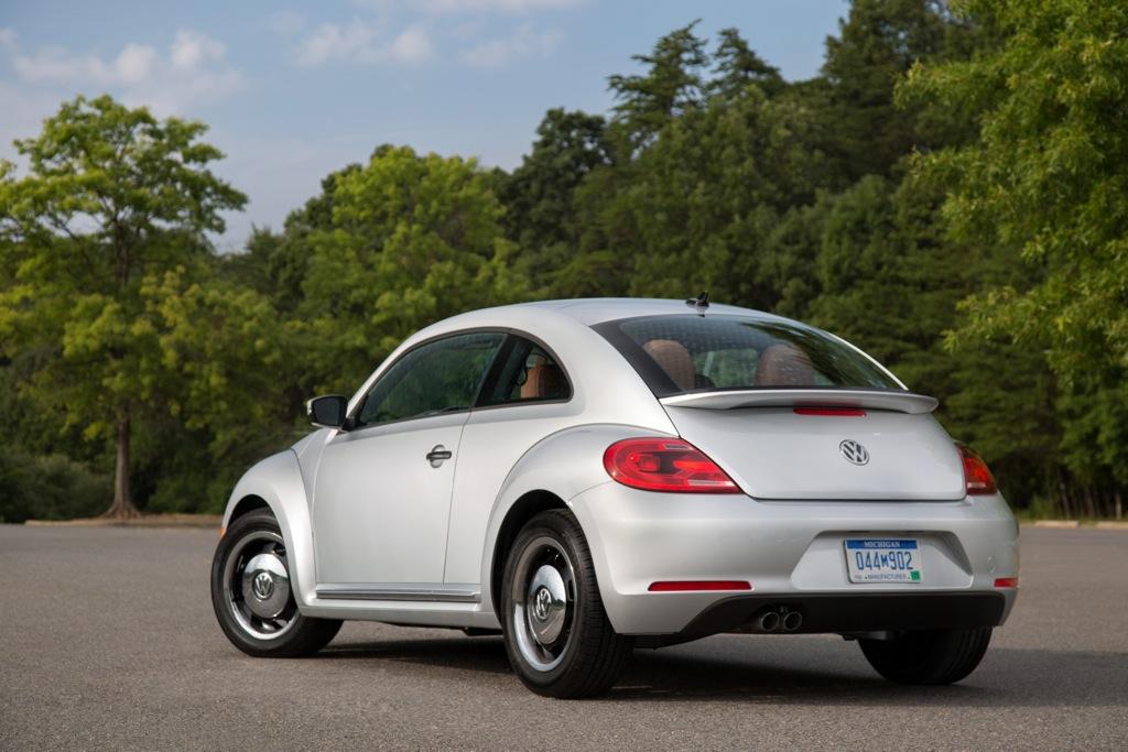 2015 Volkswagen Beetle Classic Debuts