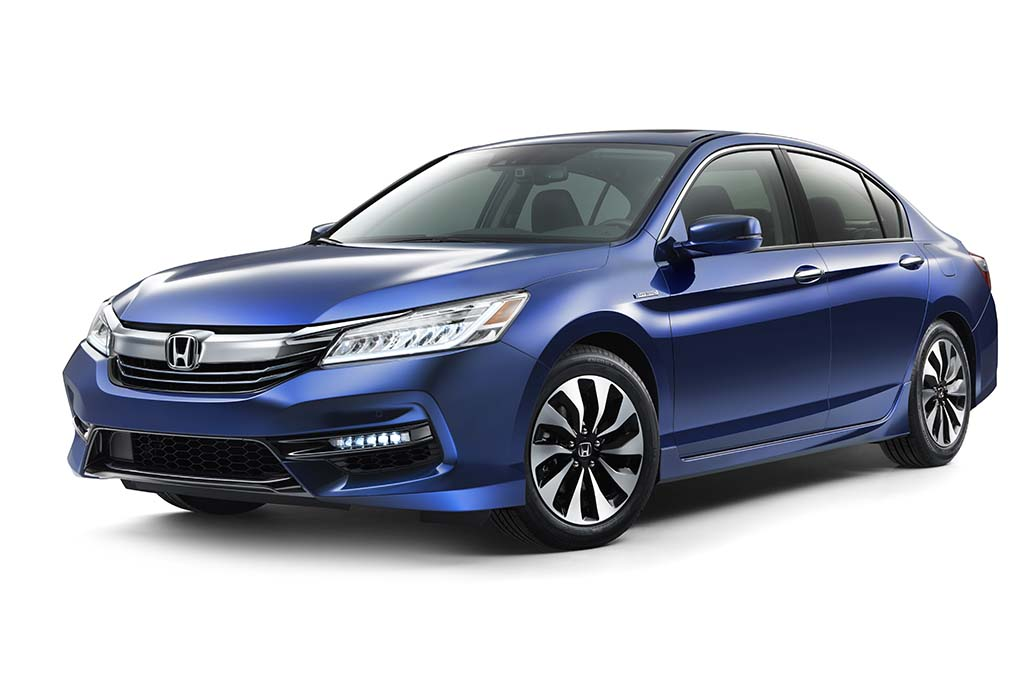 2017 Honda Accord Hybrid Kicks Off Electrification Spree
