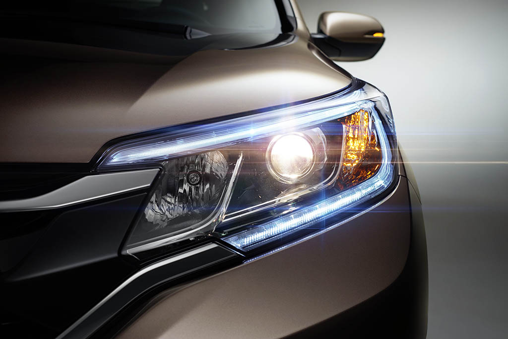 Small SUV Headlights Receive Poor Ratings From IIHS