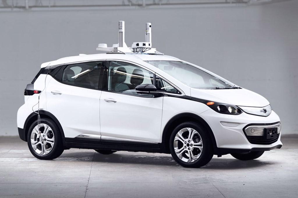 GM Testing Autonomous Cars in Arizona